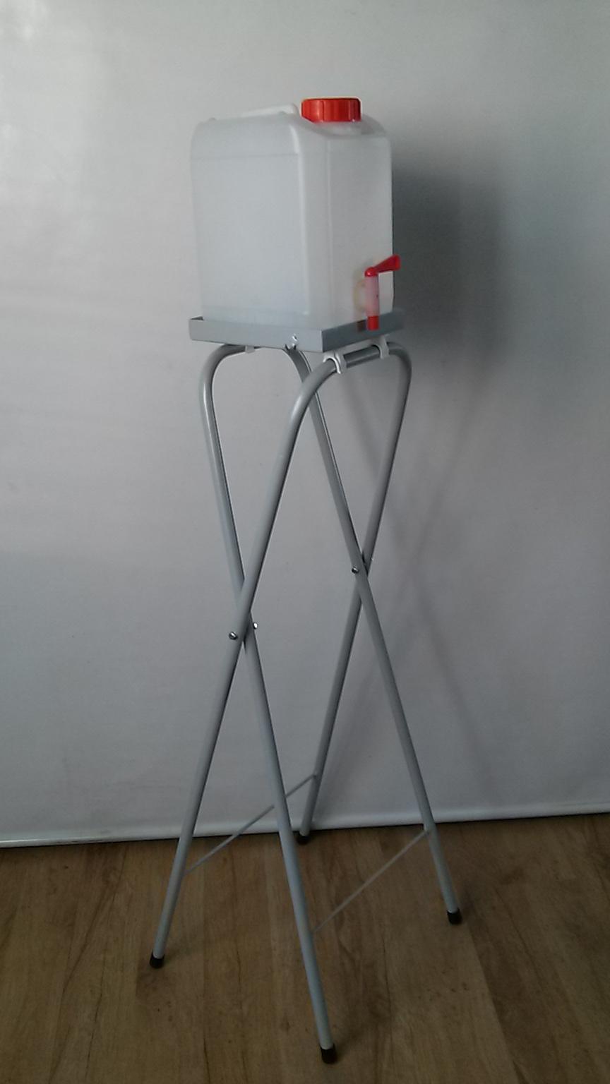 Kanister 5L z kranem ze stojakiem