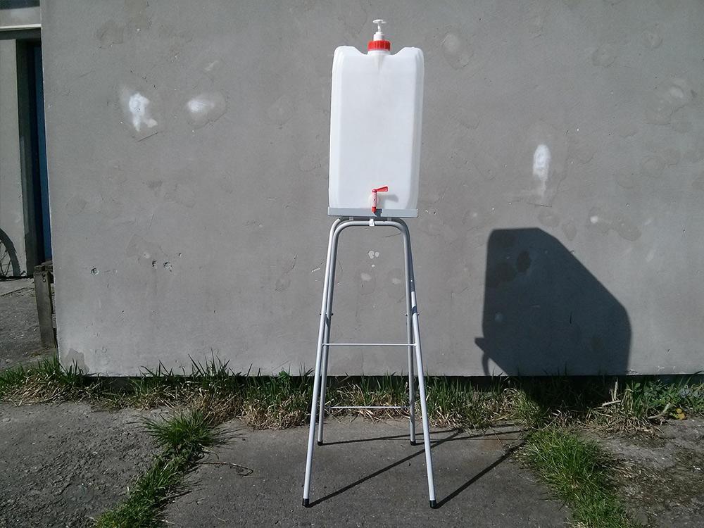 Stojak pod umywalkę turystyczną - zdjęcie 3